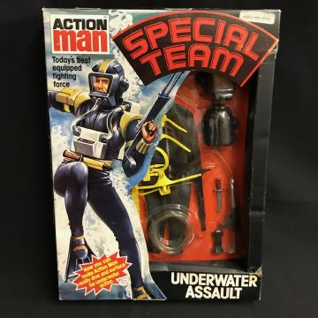 ACTION MAN - SPECIAL TEAM UNDERWATER ASSAULT - VINTAGE CARDED UNIFORM